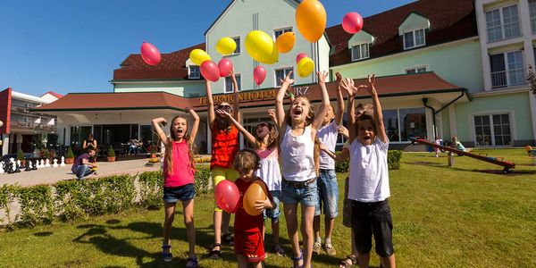 Familien- & Kinderhotel inkl. Kinderprogramm im Thermenhotel Kurz, Lutzmannsburg