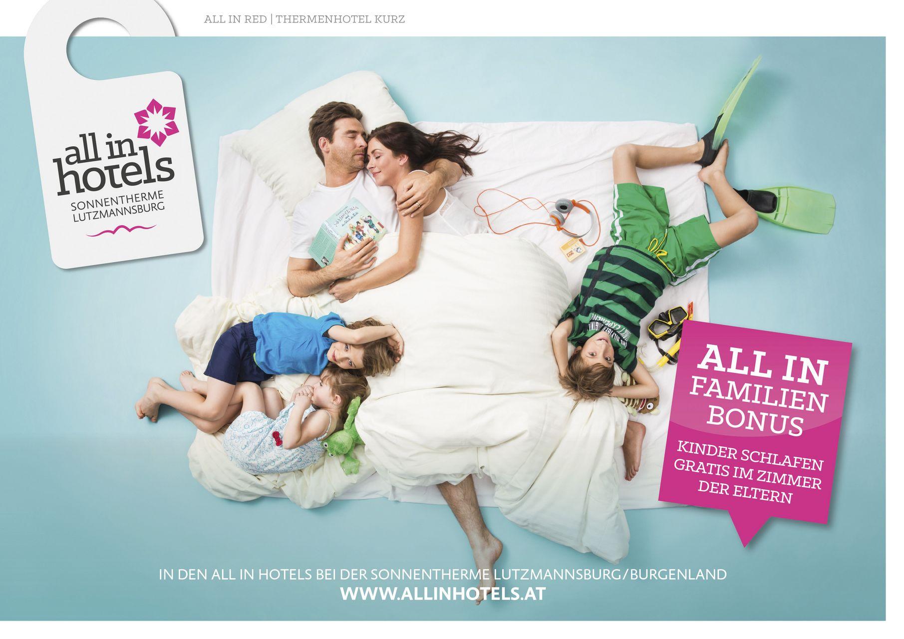 ALL IN Hotels Familie im Bett, Kinder schlafen gratis im Zimmer der Eltern